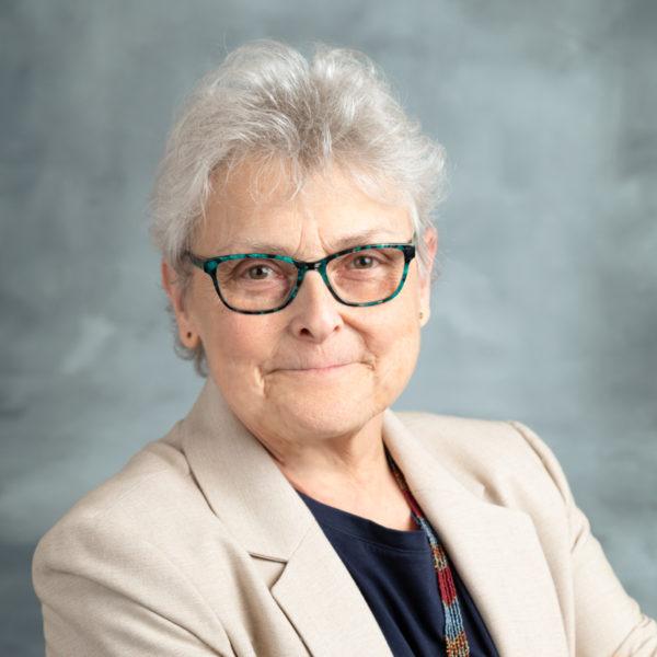 Phyllis Arnold Headshot